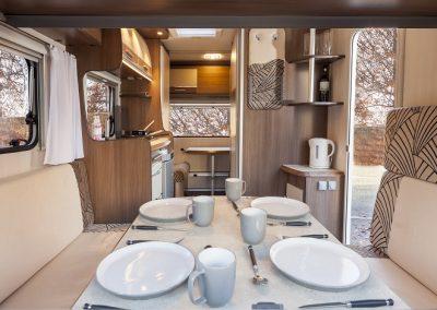FreeCross Caravans FreeCross 370DD Luxor Interior 2