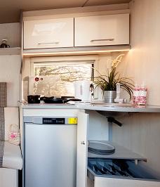 FreeCross Luxor Kitchen Area